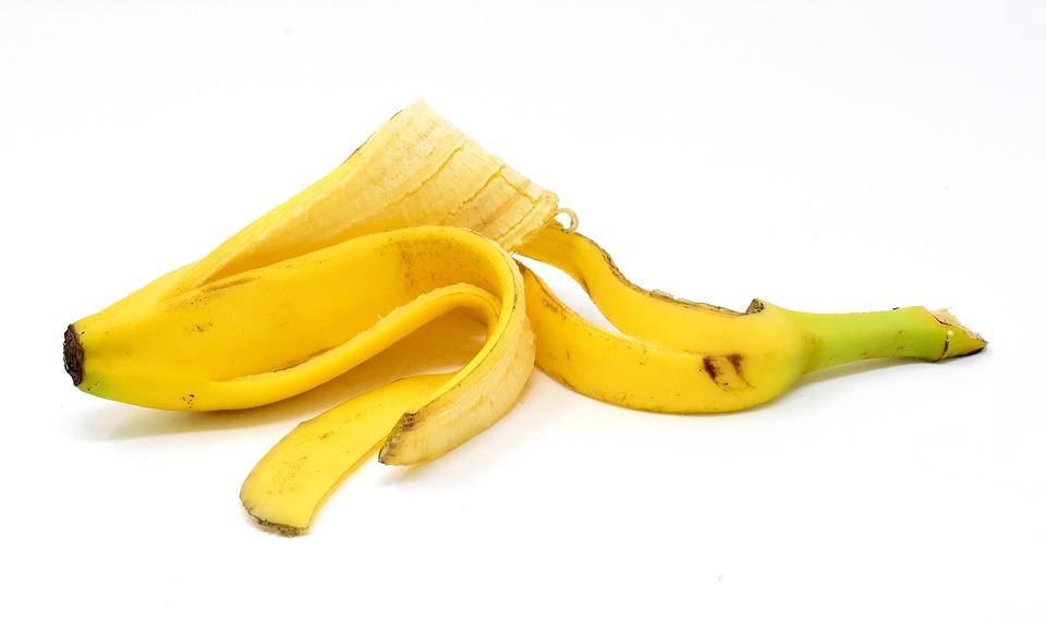 Como utilizar la mascarilla de banana y bicarbonato de sodio para la piel.